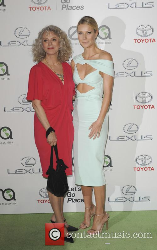 Blythe Danner and Gwyneth Paltrow 3
