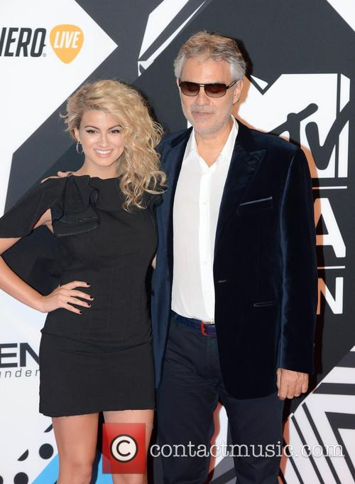 Andrea Bocelli and Tori Kelly 4