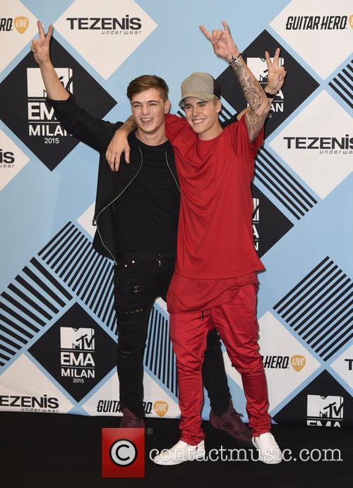 Justin Bieber and Martin Garrix 4