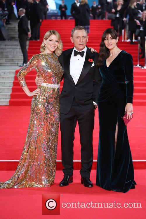 Léa Seydoux, Daniel Craig and Monica Bellucci 4