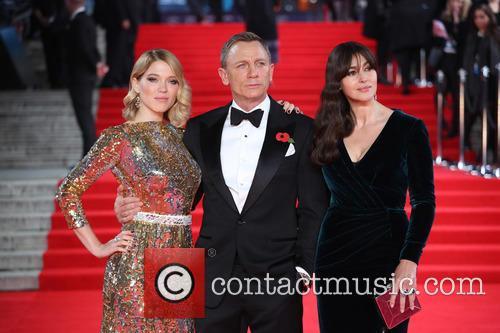 Léa Seydoux, Daniel Craig and Monica Bellucci 5
