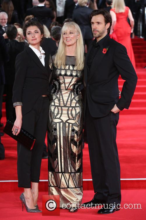 Daisy Bevan, Joely Richardson and Michael Xavier 4