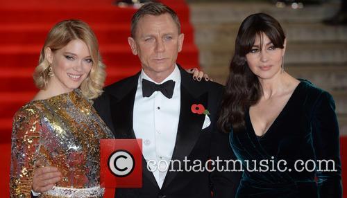 Monica Bellucci, Lea Seydoux and Daniel Craig 6