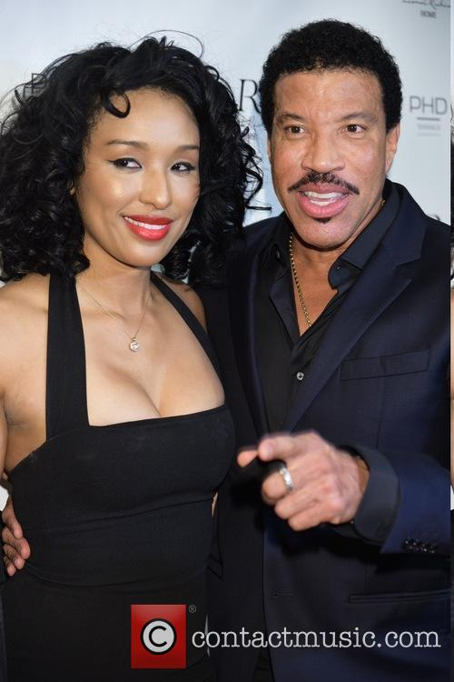 Lisa Parigi and Lionel Richie 5