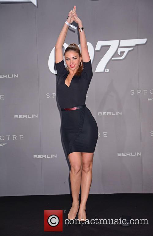 Ekaterina Leonova, Bond and Sony 1