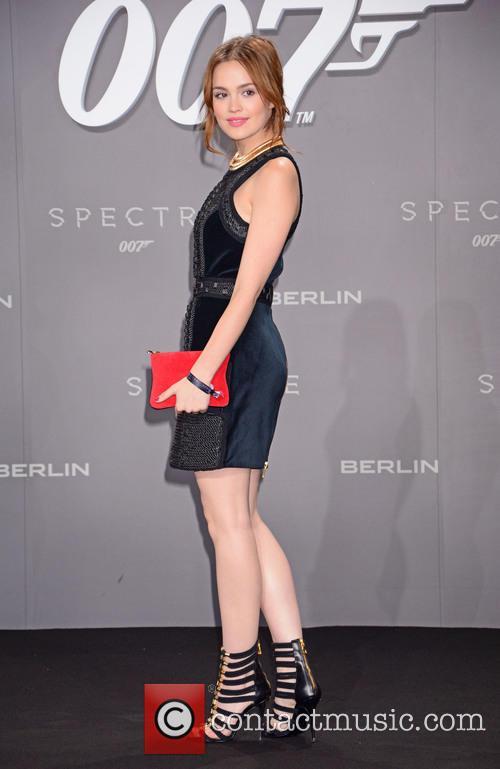 Emilia Schuele, Bond and Sony 1