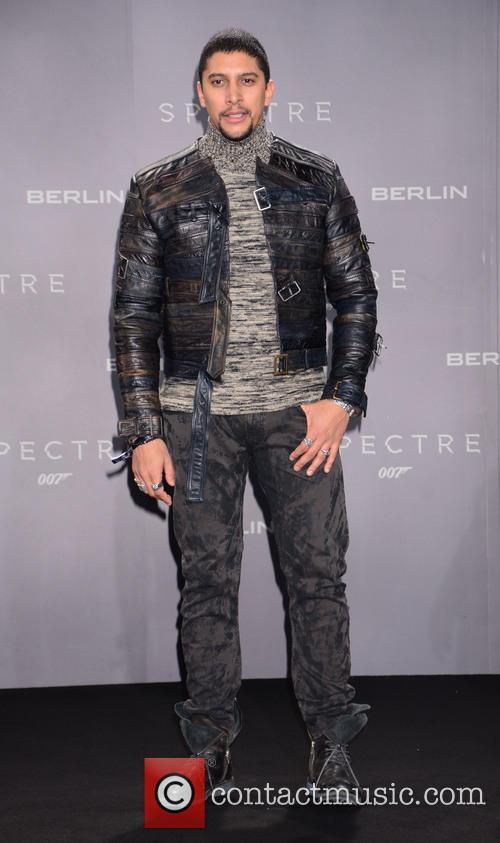 Andreas Bourani, Bond and Sony 1