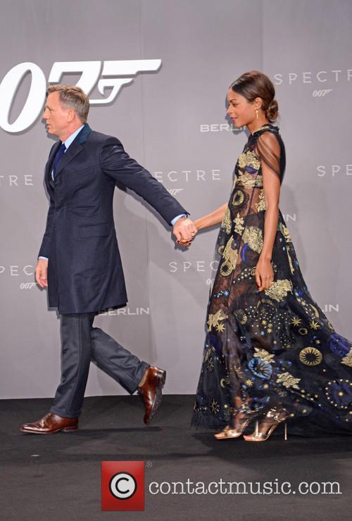 Daniel Craig and Naomie Harris 2