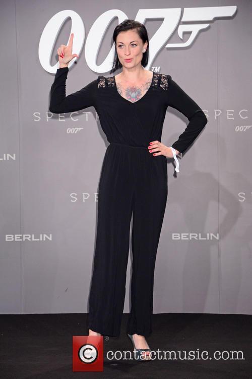 Lina Van De Mars, Bond and Sony 2