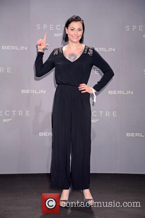 Lina Van De Mars, Bond and Sony 1