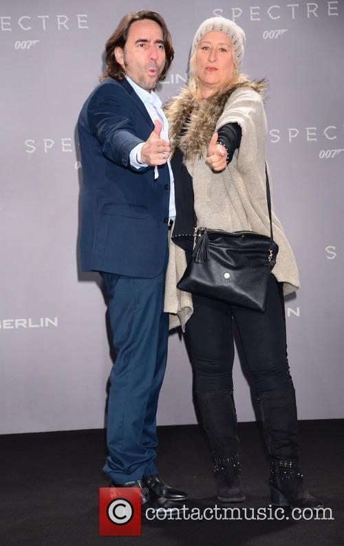 Dieter Landuris, Natascha Landuris, Bond and Sony 1