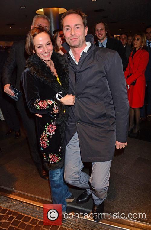 Sharon Brauner, Matthias Baron Teuffel Von Birkensee, Bond and Sony 1