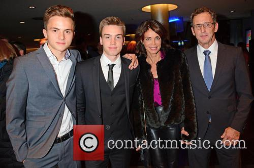 Ferdinand Becker, Leon Kling, Gerit Kling, Wolfram Becker, Bond and Sony 2