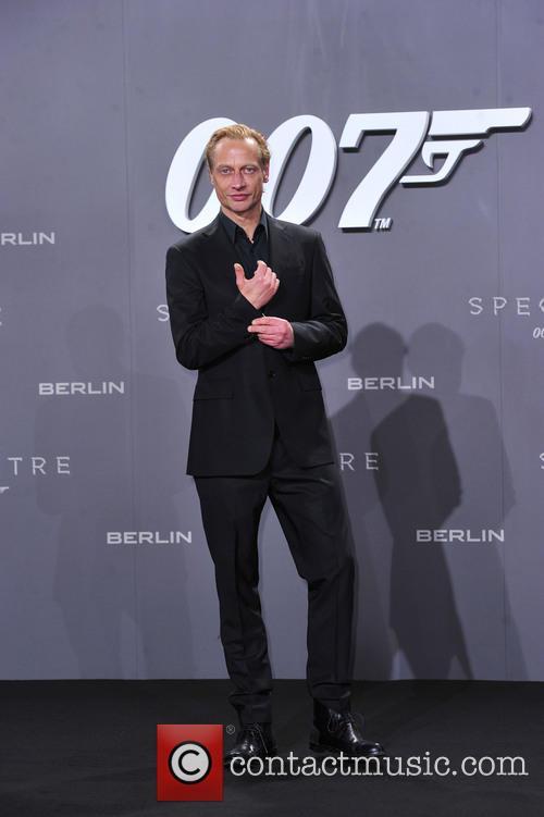 Victor Schefe and Bond 2