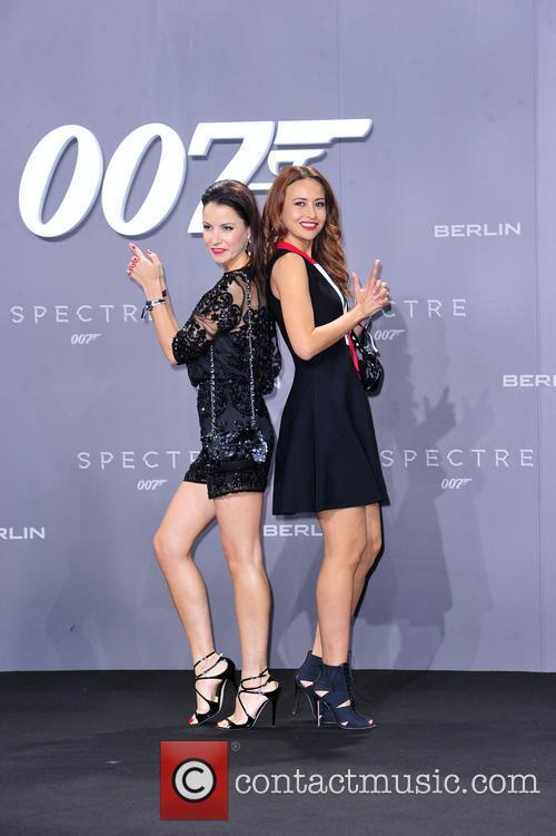Joana Danciu, Sinta Weisz and Bond 2