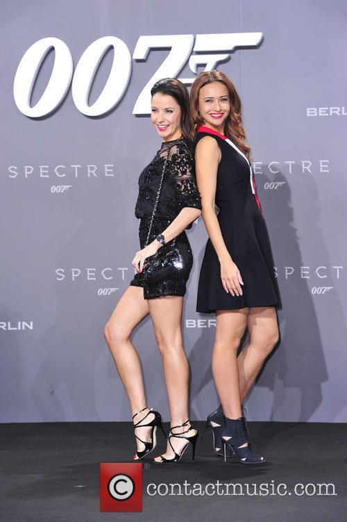 Joana Danciu, Sinta Weisz and Bond 1