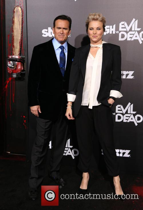 Bruce Campbell and Lucy Lawless 10