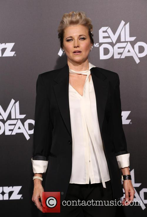 Lucy Lawless 10