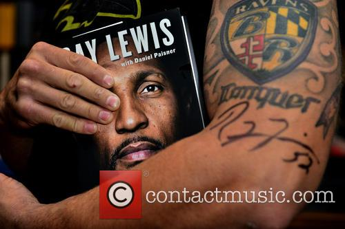 Ray Lewis signs copies of his book 'I...