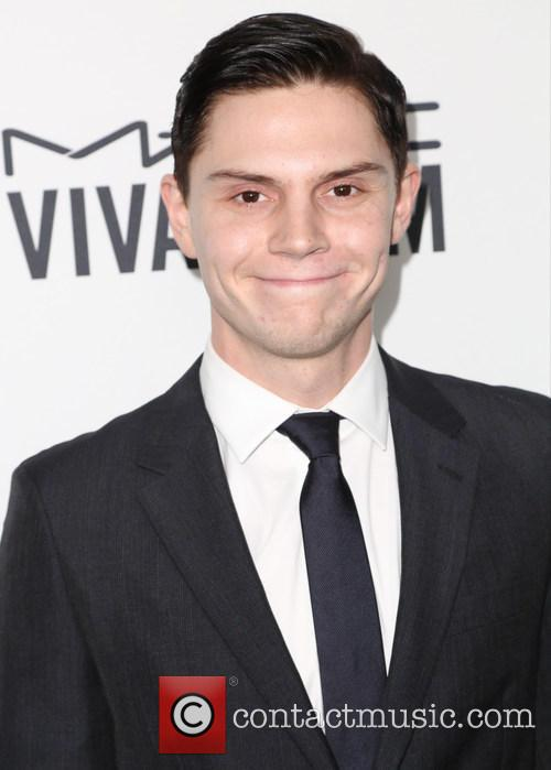 Evan Peters 1