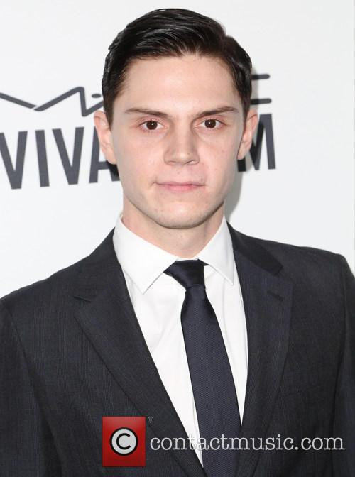 Evan Peters 8