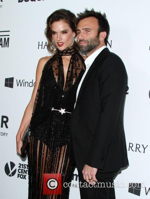 Alessandra Ambrosio and Jamie Mazur 1