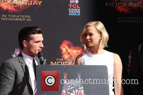 Josh Hutcherson and Jennifer Lawrence 5