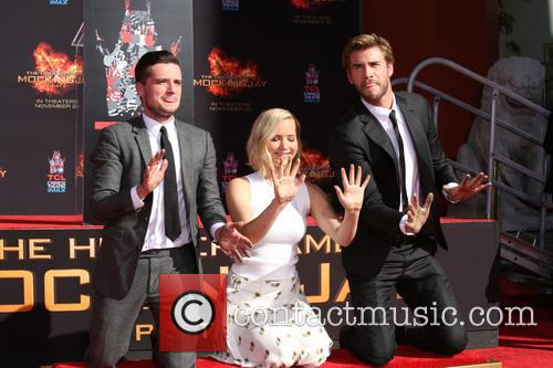 Josh Hutcherson, Jennifer Lawrence and Liam Hemsworth 8