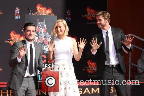 Josh Hutcherson, Jennifer Lawrence and Liam Hemsworth 10