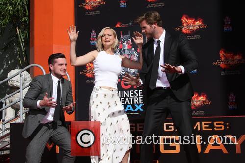 Josh Hutcherson, Jennifer Lawrence and Liam Hemsworth 10