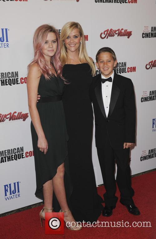 Reese Witherspoon, Ava Phillippe and Deacon Phillippe 2