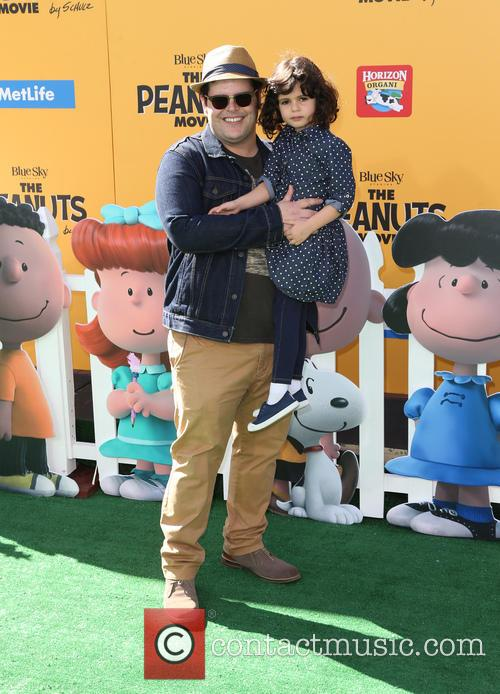 Josh Gad and Isabelle Gad 1