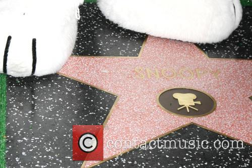 Snoopy's Paws With Star 2