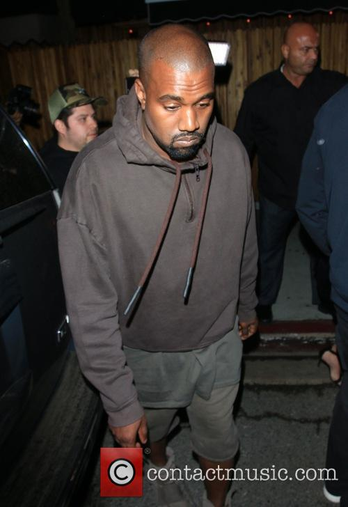 Kanye West Apologises For Using Phone During Cher Musical
