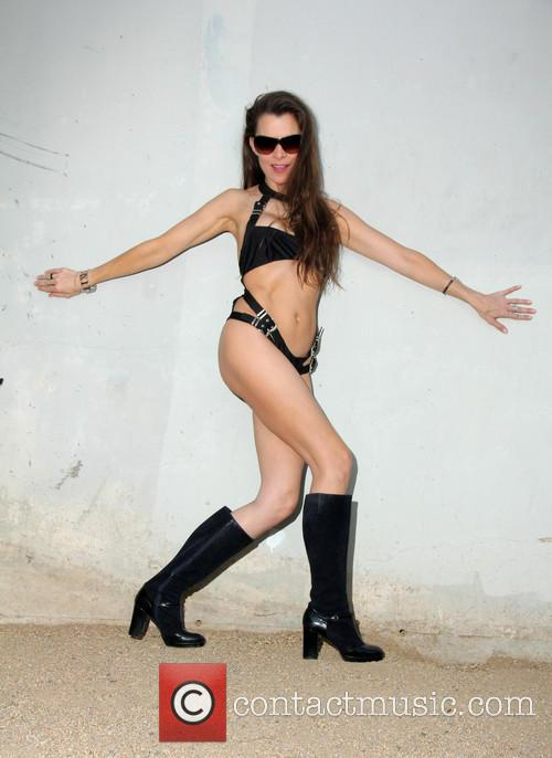 Alicia Arden 5