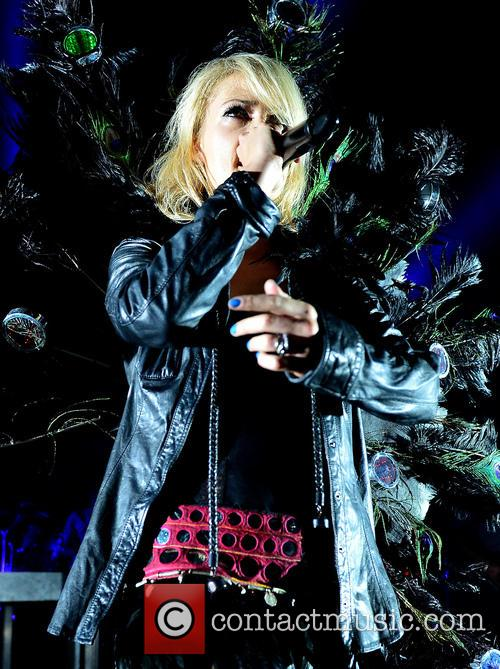 Emily Haines and Metric 6
