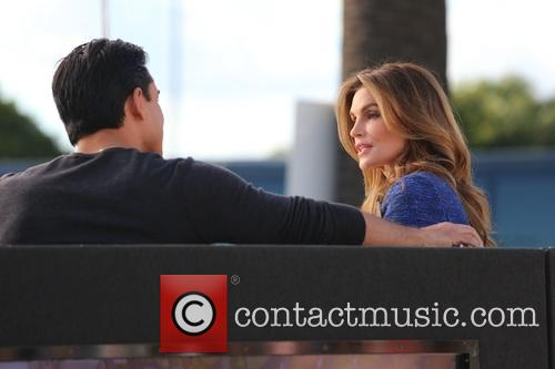 Cindy Crawford and Mario Lopez 6