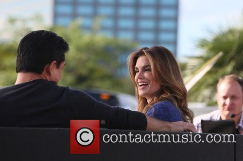 Cindy Crawford and Mario Lopez 10