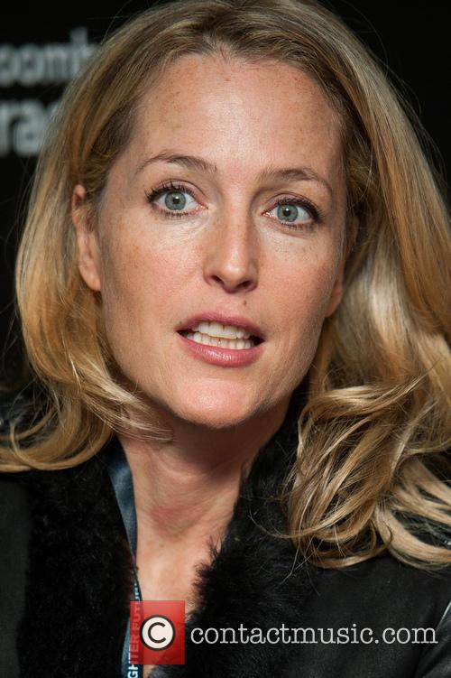 Gillian Anderson and Bloomberg 2