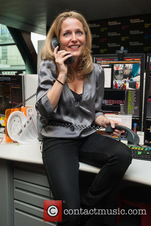 Gillian Anderson and Bloomberg 9