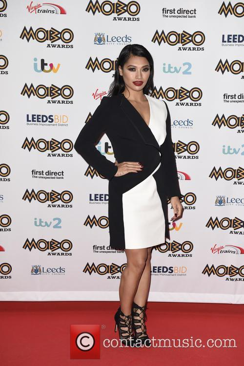 Vanessa White and The Saturdays 2