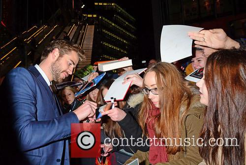 Liam Hemsworth and Fans 8