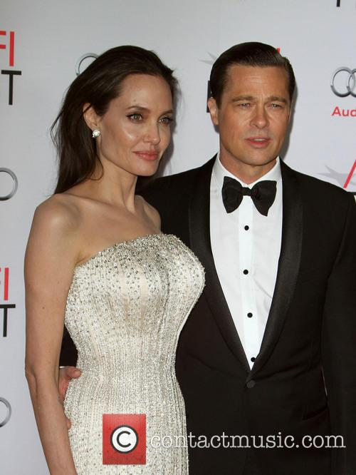 Angelina Jolie Pitt and Brad Pitt 9