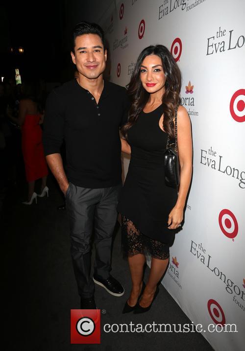 Mario Lopez and Courtney Mazza 4