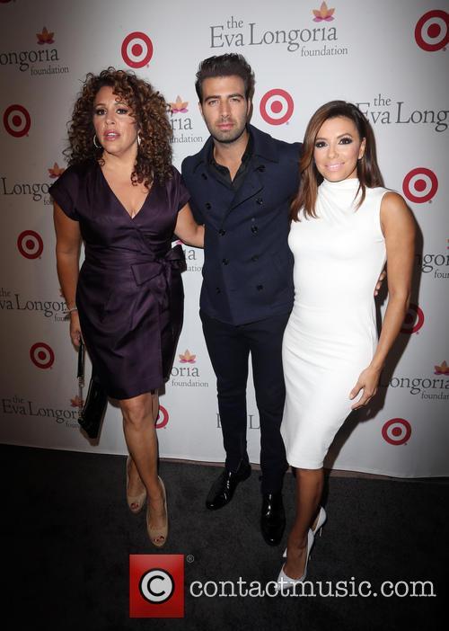 Jencarlos Canela, Eva Longoria and Guest 1