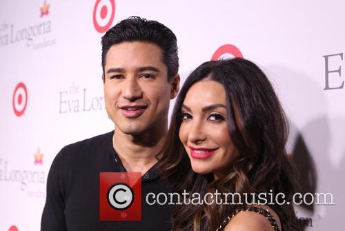 Mario Lopez and Courtney Mazza 8