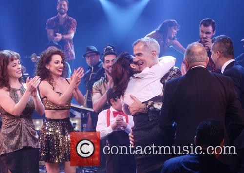 Jerry Mitchell, Gloria Estefan and Cast