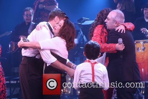Josh Segarra, Gloria Estefan, Ana Villafane and Emilio Estefan 3