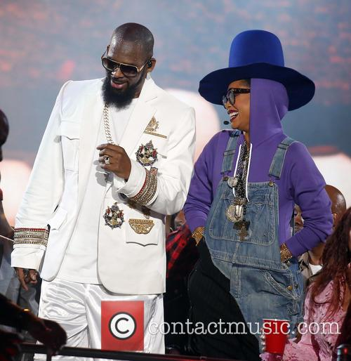 Erykah Badu and R. Kelly 1