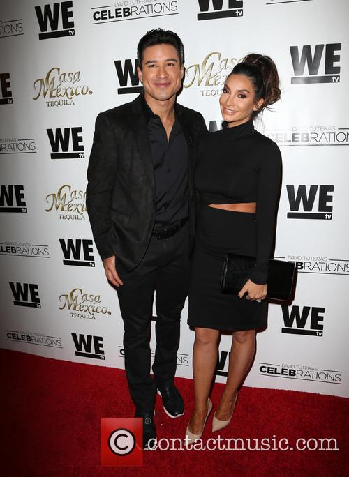 Mario Lopez and Courtney Mazza 5